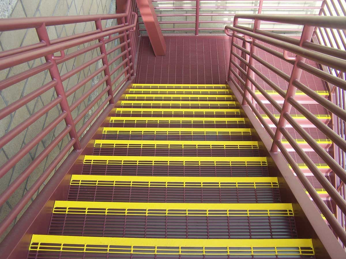 Metal Handrail Amp Guardrail Systems Made With Steel Amp Glass